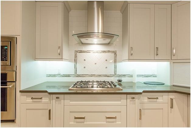 Kitchen Cabinets Edmonton: Five Amazing Cabinetry Photos